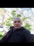 Nusrat, 39  , Khirdalan