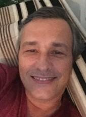 Durval, 54, República Federativa do Brasil, São Sebastião