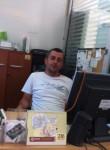Hakan, 39, Istanbul