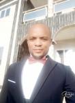 Joachim Xavier, 37  , Luanda