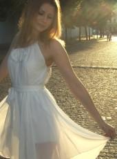 Svetochka , 22, Russia, Moscow