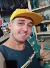 Cleber Pereira d, 38, Brazil, Uberlandia