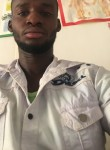 Adama, 25, Bamako
