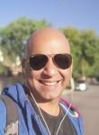 Fernando , 46  , Montevideo