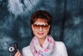 Tanya, 51 - Just Me