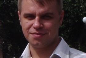 Dima, 40 - Just Me