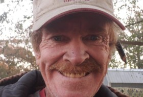 thomas, 50 - Just Me