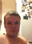 Maksim , 36, Moscow