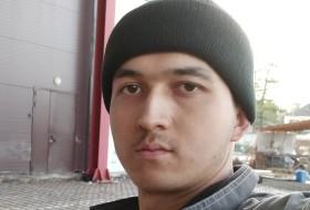 Shahob, 22 - Just Me