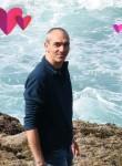 Yann, 46  , Trelaze