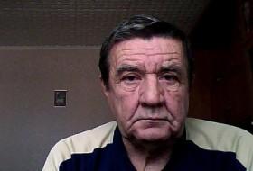 Vlad, 72 - Just Me