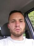 Julien, 30  , Charleroi