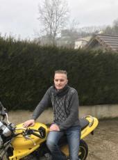 Jé, 37, France, Lyon
