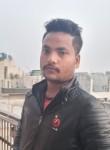 Rajveer, 18, Delhi