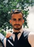 Maxime, 21, Cholet