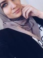 Faten, 37, Tunisia, Sfax