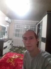 Viktor, 22, Uzbekistan, Andijon