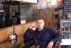 Dmitry, 37 - Just Me