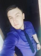 YK, 28, Russia, Saint Petersburg