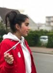 Zaira, 18  , Paris