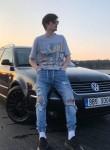 Tomas Cufi, 20, Berlin