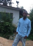 Pewee, 18  , Monrovia