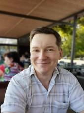 Sergey, 46, Russia, Taganrog