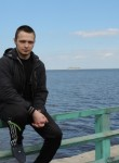 Aleksandr, 24  , Muravlenko
