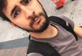 lucio, 27 - Just Me