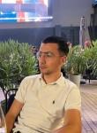 Artur Avagyan, 23, Paris