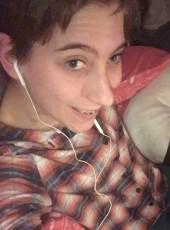 Averybabygirl, 19, United States of America, New Bern
