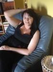 Patricia, 51  , Armentieres