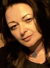Lyudmila, 47, Russia, Saint Petersburg
