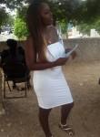 Momo, 30, Kingston