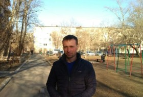 Vladimir, 41 - Just Me
