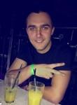 Олександр , 23  , Korosten