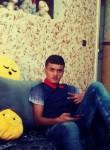 Khaled, 19  , Ain Fakroun