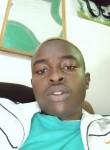 Johnty, 18  , Nairobi