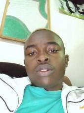 Johnty, 18, Kenya, Nairobi