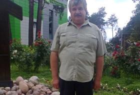 valeriy, 64 - Just Me