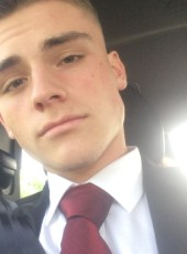 eby, 19, Luxembourg, Luxembourg