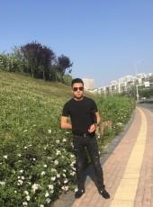 刘梓荣, 26, China, Longquan