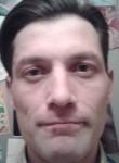 Roman, 37  , Kola