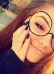 Erika, 18  , Evansville