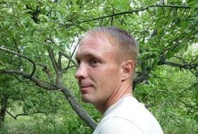 Roman , 44 - Just Me