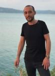 Suat, 33  , Istanbul