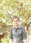 Vasile, 22  , Straseni