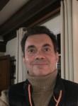 Benoît bi, 52, Lisieux