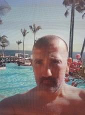 Luis Lerín, 42, Spain, Santa Cruz de Tenerife