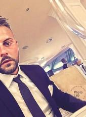 luis, 29, Italy, Taranto